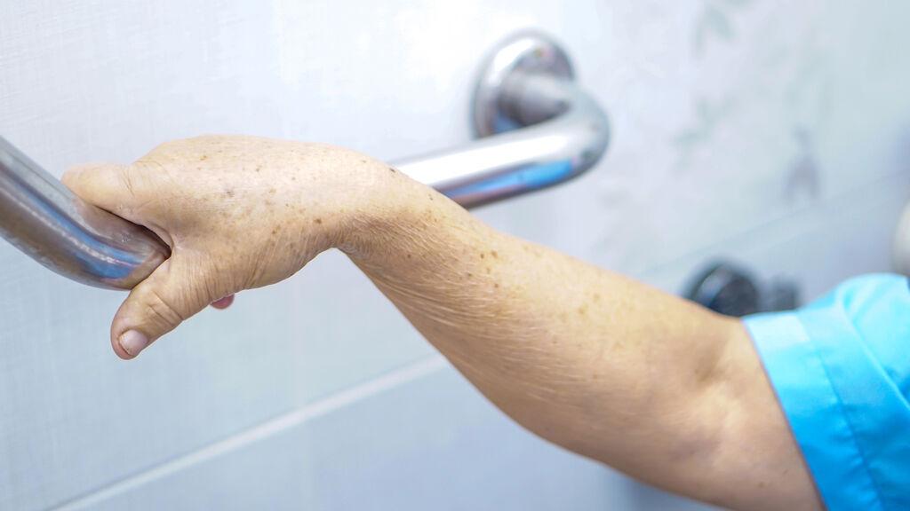 Seniors : aide à la rénovation des logements pour le maintien à domicile